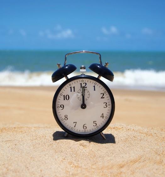 iStock-clock-beach