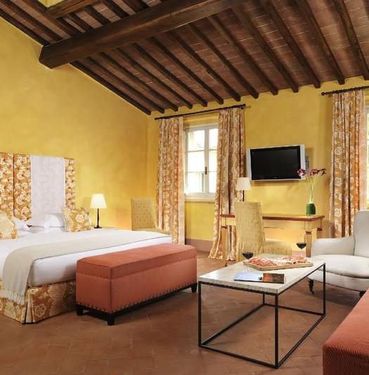 Castello_del_Nero_-_Deluxe_room_103