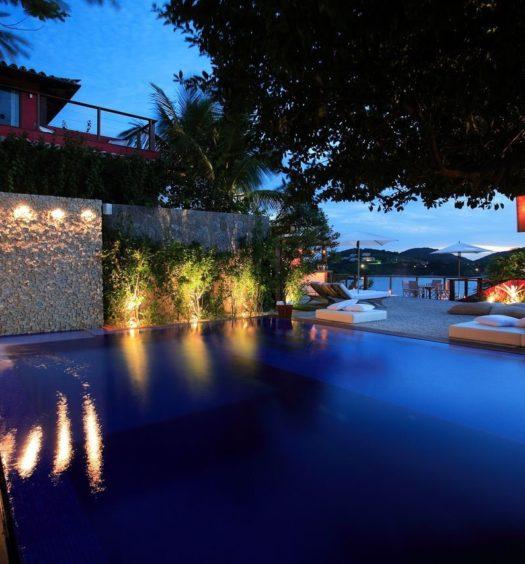piscina-azul